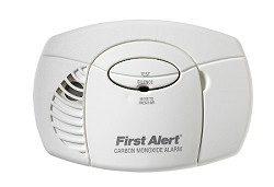 First Alert CO400B Battery-Operated (2 AA) Carbon Monoxide Alarm